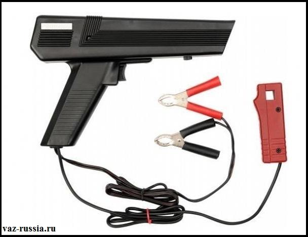 Стробоскоп в форме пистолета, а так же напоминающий ручной полицейский радар