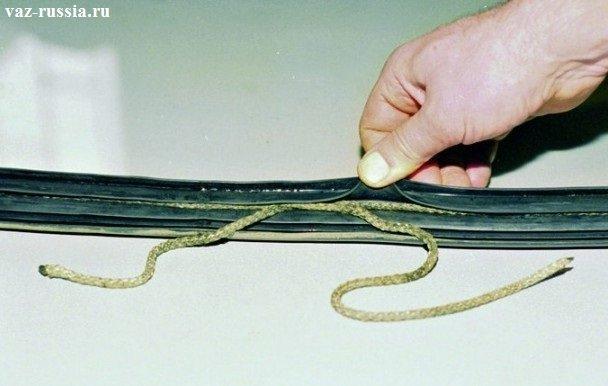 На фото показано как должны смыкаться концы верёвки при её соприкосновении