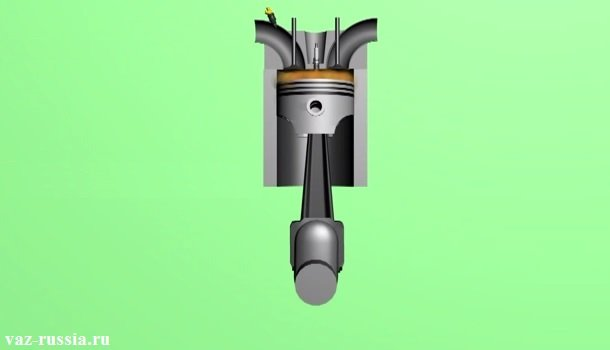Поршень и медленная взрывная волна, благодаря которой двигатель и должен нормально работать