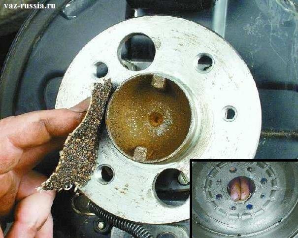 Зачищение посадочной поверхности фланца ступицы и самого тормозного барабана