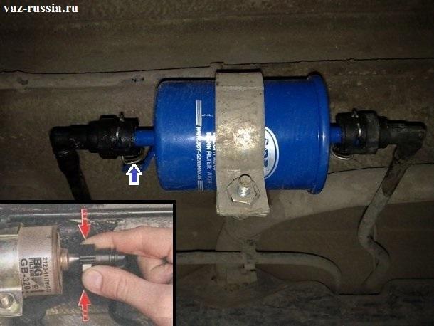 Отсоединение наконечников топливных трубок от штуцеров фильтра