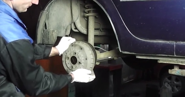Замена тормозного барабана на ВАЗ