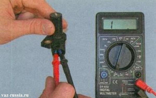 Проверка с помощью мульти-метра ДПКВ на исправность