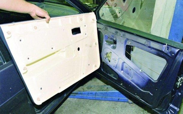 Замена обшивки двери на ВАЗ