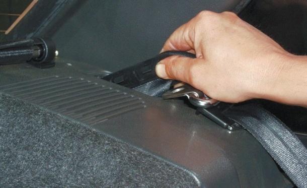 Замена заднего ремня безопасности на ВАЗ