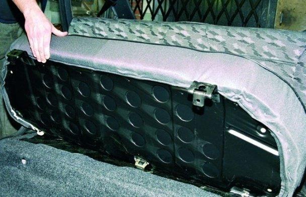 Замена заднего и передних сидений на ВАЗ