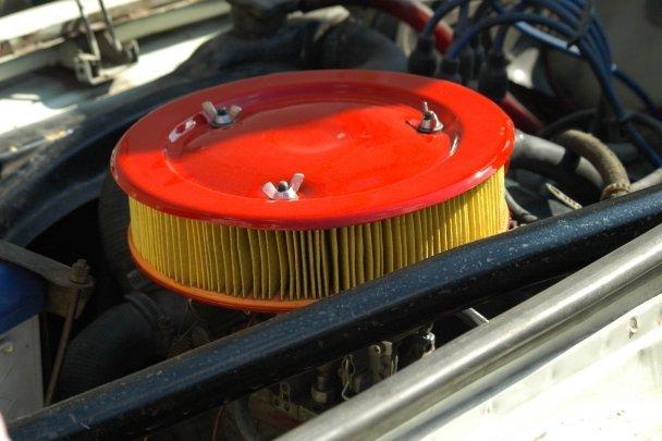 Зачем нужен воздушный фильтр автомобилю? С какой периодичностью его нужно менять? И как его правильно заменить на автомобилях ВАЗ?
