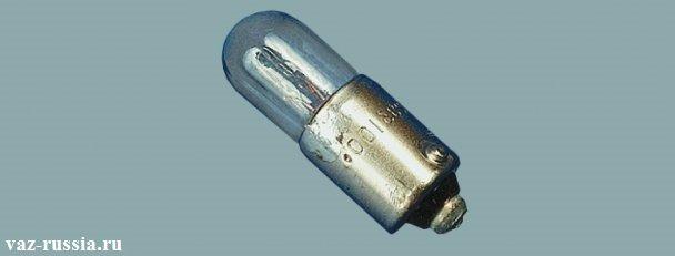Лампа которая используется в бардачке и багажном отделение