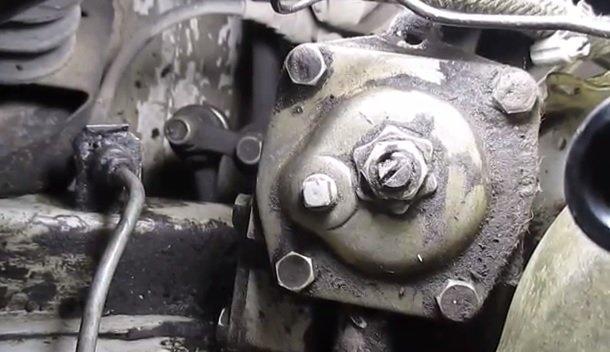 Проверка уровня масла в рулевой колонки на ВАЗ