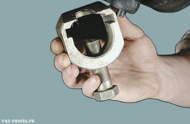 Специальный съемник для снятия опор