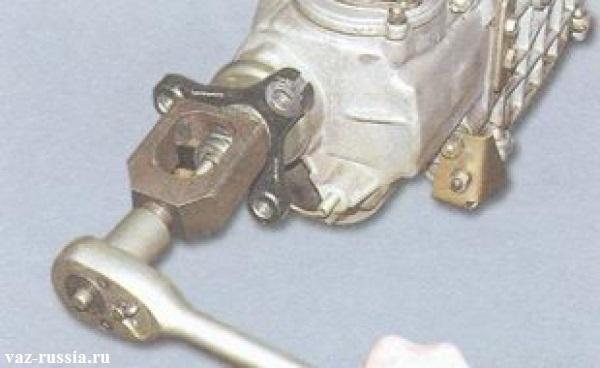 Спрессовывание при помощи съёмника, кольца эластичной муфты