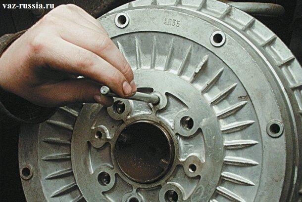 Отцентровка барабана относительно крепёжных его отверстий