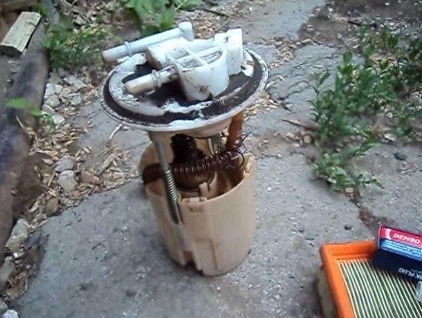 Ремонт бензонасоса, он же топливный насос на ВАЗ