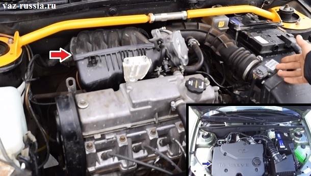 Местонахождение ресивера в автомобиле и пластмассовая крышка двигателя