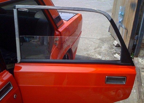 Замена заднего бокового стекла на ВАЗ