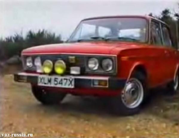 На фото показан экспортный вариант автомобиля ВАЗ 21061