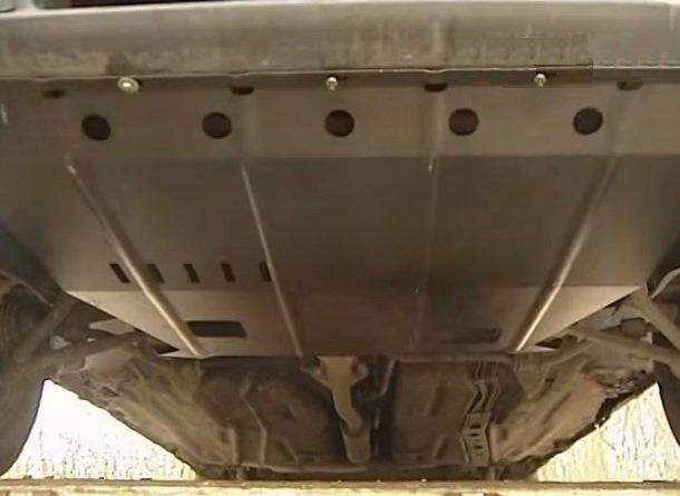 Замена брызговика двигателя на ВАЗ