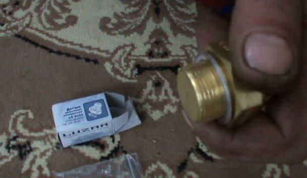 Замена датчика включения вентилятора на ВАЗ