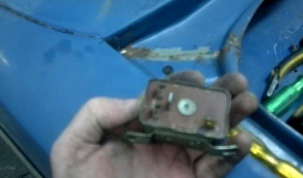 Замена реле лампы заряда АКБ на ВАЗ