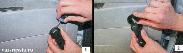 Отжимание фиксатора от ручки и розетки и выведение его наверх, с последующим снятием ручки стеклоподъёмника с двери и розетки
