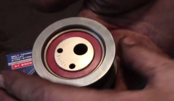 Замена натяжного ролика ремня ГРМ на ВАЗ