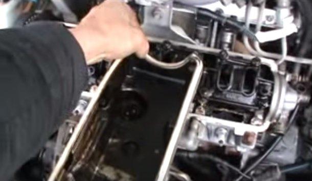 Замена прокладки крышки головки блока цилиндров на ВАЗ