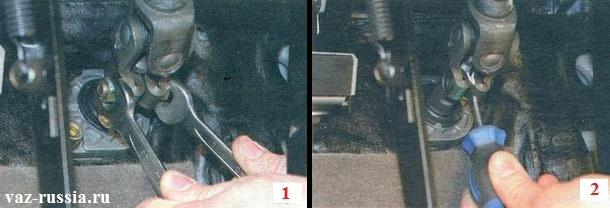 Выкручивание гайки и удерживание болта от проворачивания и отсоединение рулевого вала от шестерни рулевой рейки