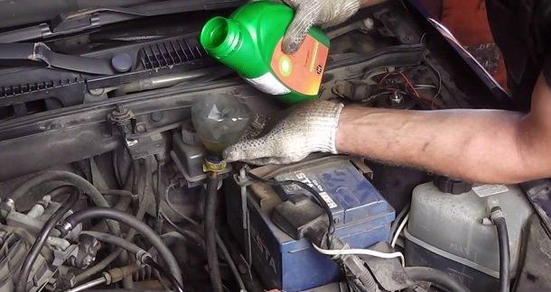 Замена масла в коробке (КПП) на ВАЗ