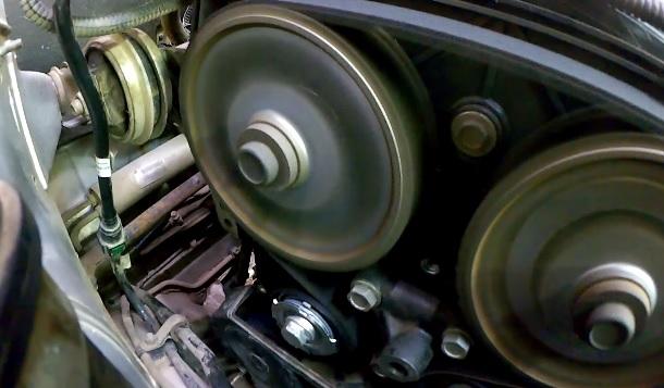 Замена ремня Газо-Распределительного механизма (ГРМ) на ВАЗ