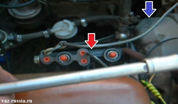 Месторасположение тормозного цилиндра в автомобиле, а так же вакуумного усилителя тормозов