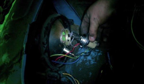 Замена всех ламп в передней фаре на ВАЗ