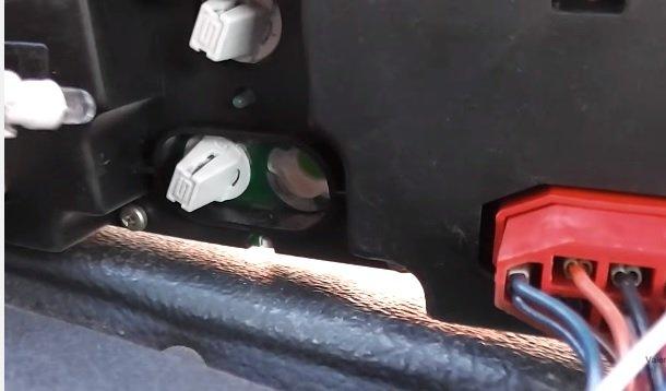Замена комбинации приборов и лампочек в ней на ВАЗ